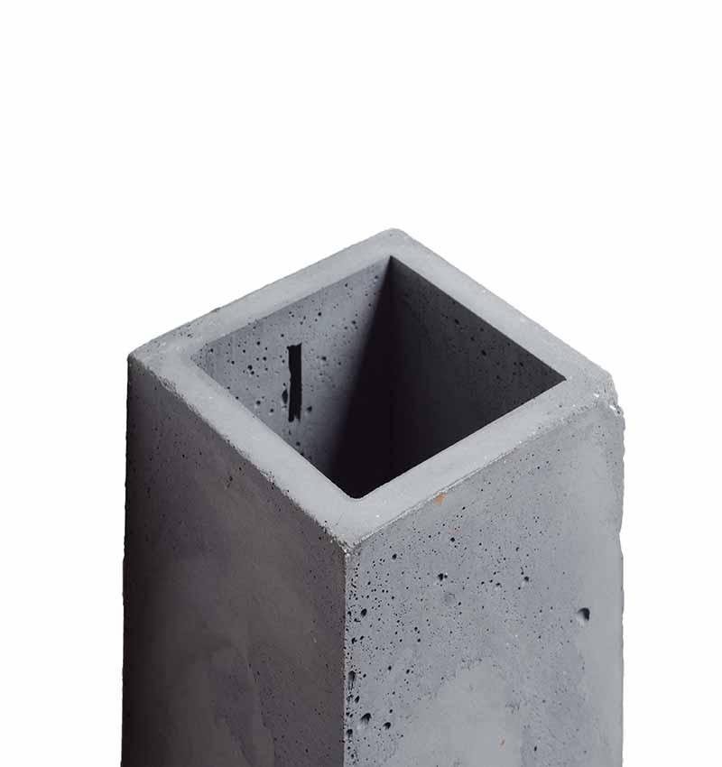 Orto Anthracite Concrete Lamp