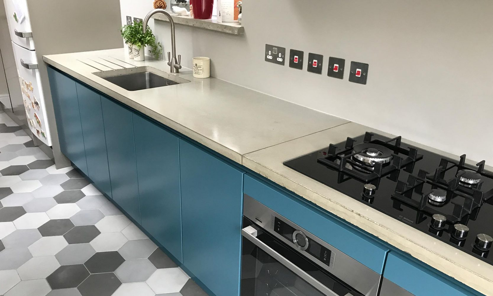 Private House - Polished Concrete Worktops and Tiles - Living Concrete